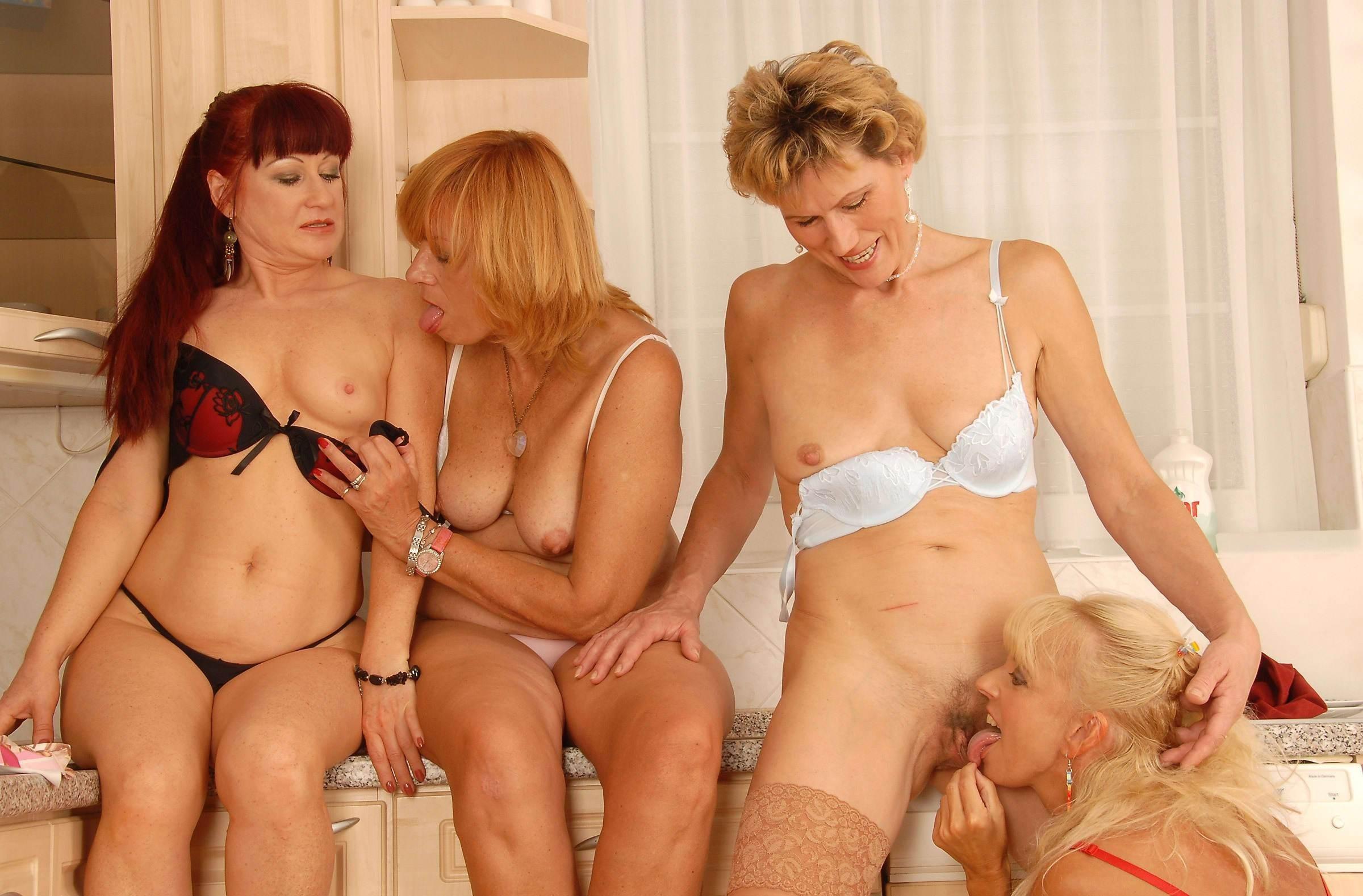 Порно Старые Лесбиянки Онлайн